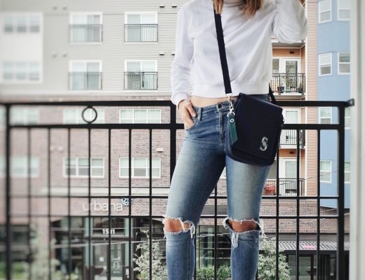 Ripped Jeans 16