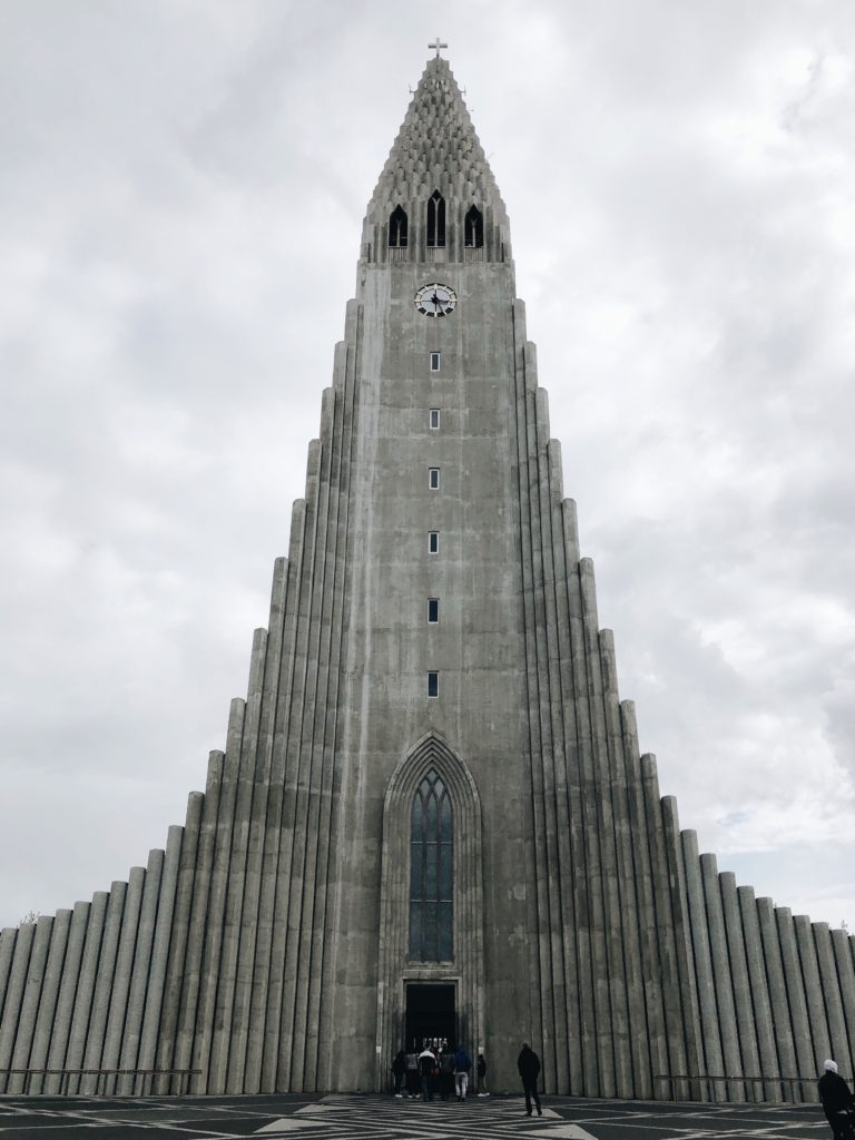 Guide to Iceland 18