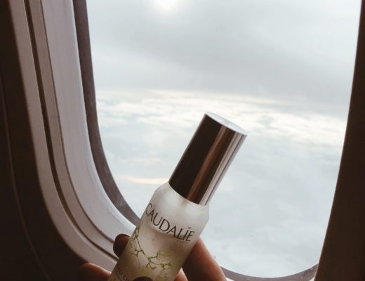 4 Face Products I Use On Every Flight 26
